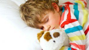 Como cuidar de ronco infantil